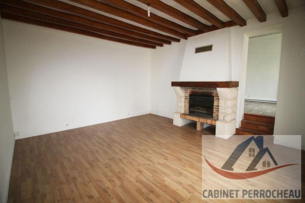 Sale house / villa La chartre sur le loir 94000€ - Picture 8