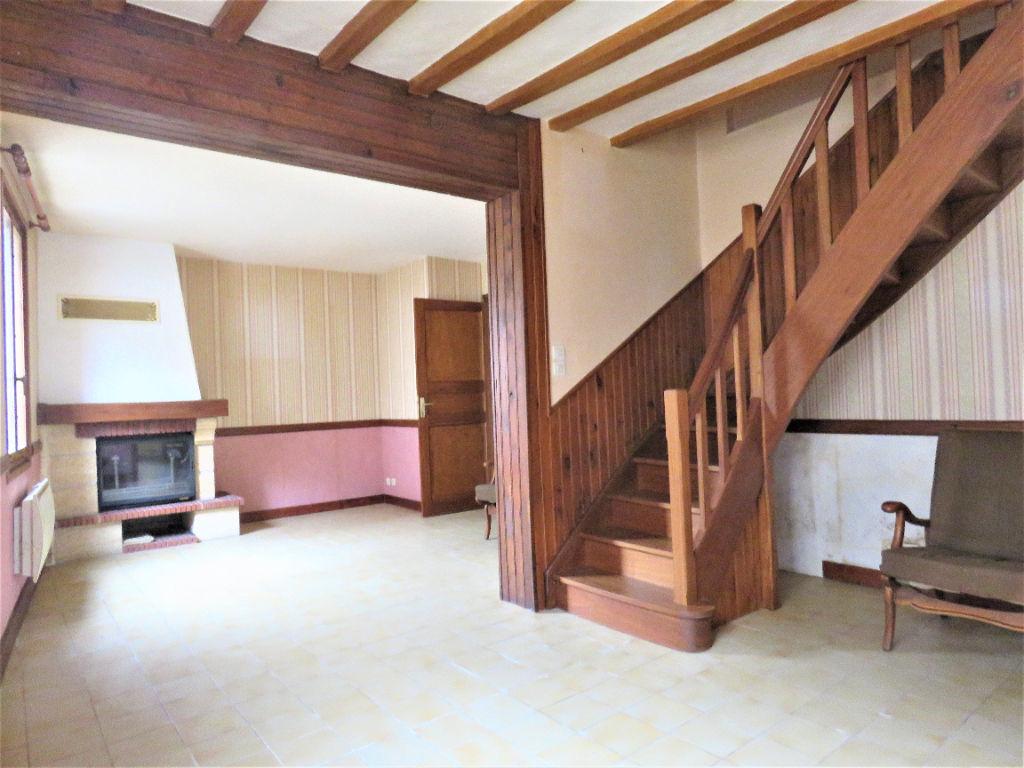 Sale house / villa Montoire sur le loir 88800€ - Picture 2