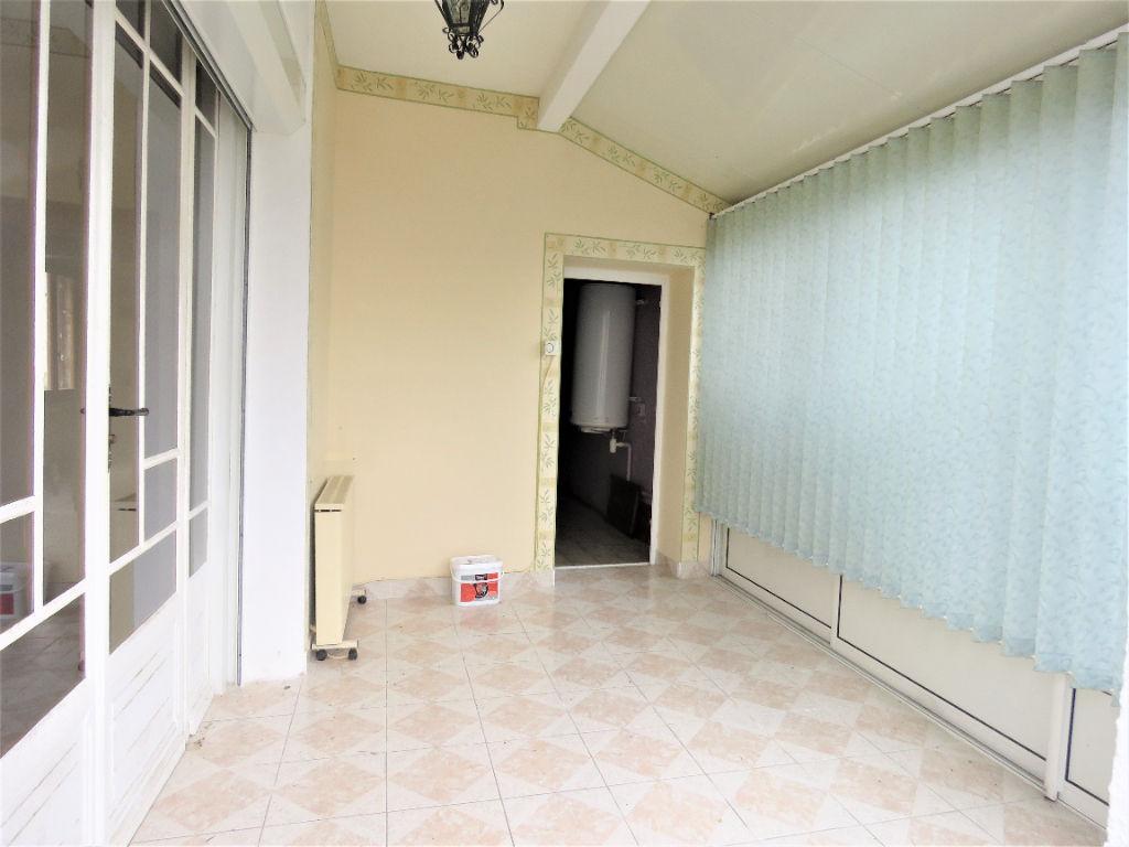 Sale house / villa Montoire sur le loir 88800€ - Picture 4
