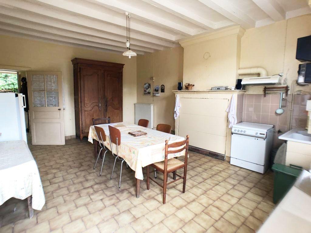 Sale house / villa La chartre sur le loir 76200€ - Picture 2