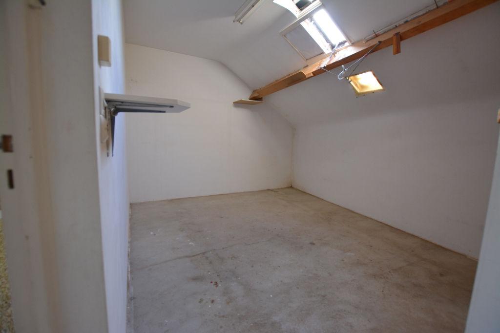 Sale house / villa Besse sur braye 67500€ - Picture 11
