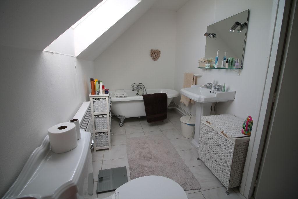 Vente maison / villa La chartre sur le loir 145000€ - Photo 10