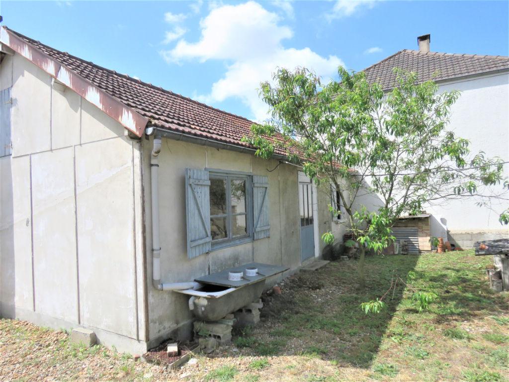 Sale house / villa Besse sur braye 78050€ - Picture 8