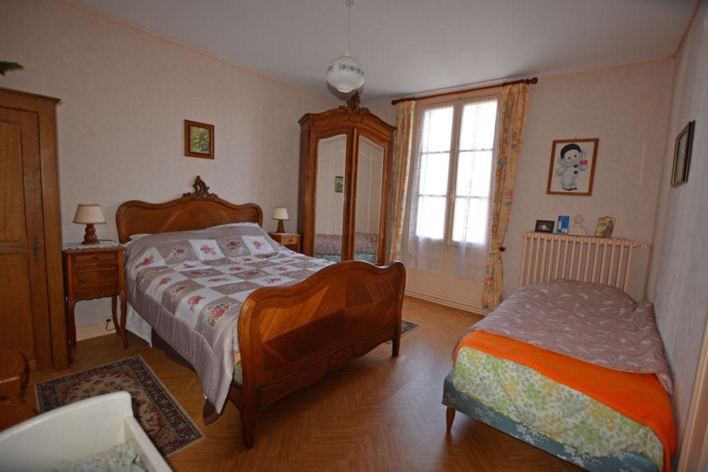 Sale house / villa La chartre sur le loir 88800€ - Picture 12