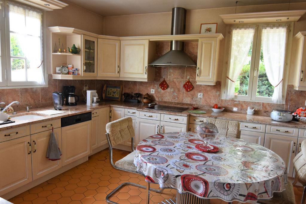 Sale house / villa Saint calais 188125€ - Picture 4