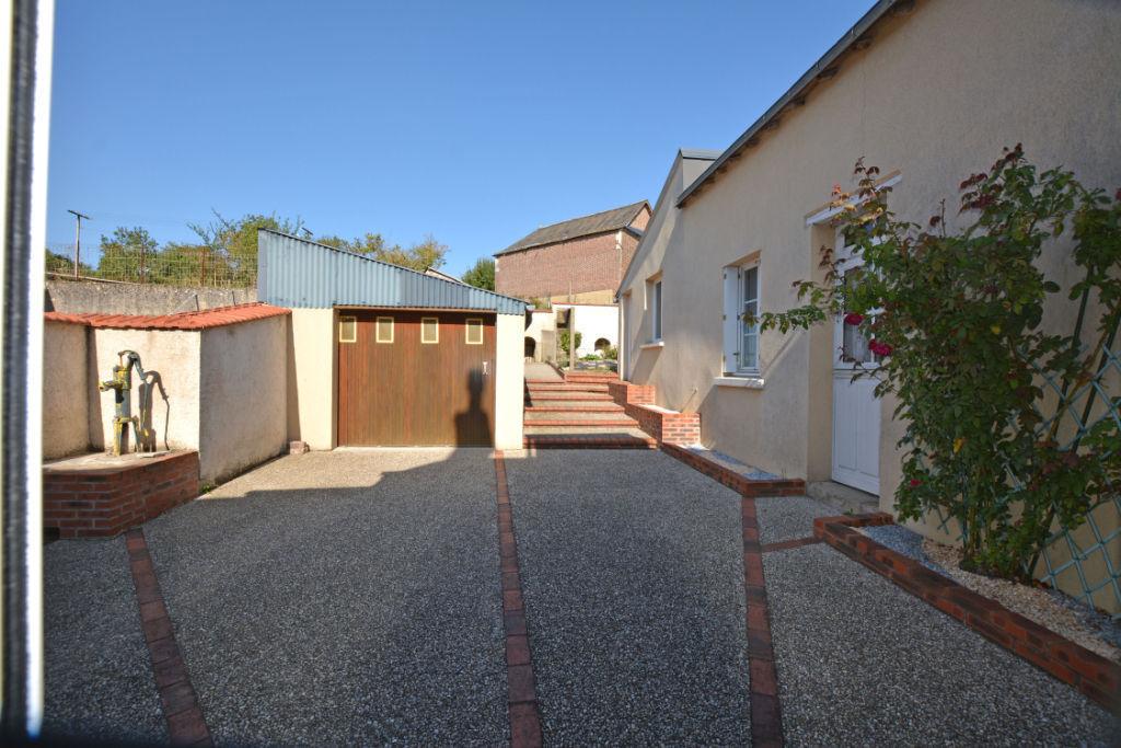 Sale house / villa La chartre sur le loir 91500€ - Picture 8