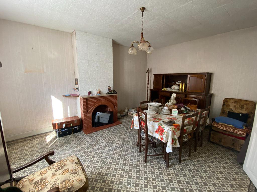 Sale house / villa La chartre sur le loir 141700€ - Picture 4