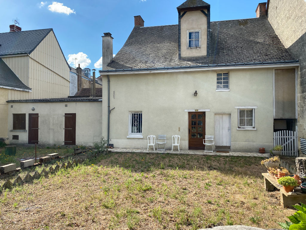 Sale house / villa La chartre sur le loir 141700€ - Picture 8