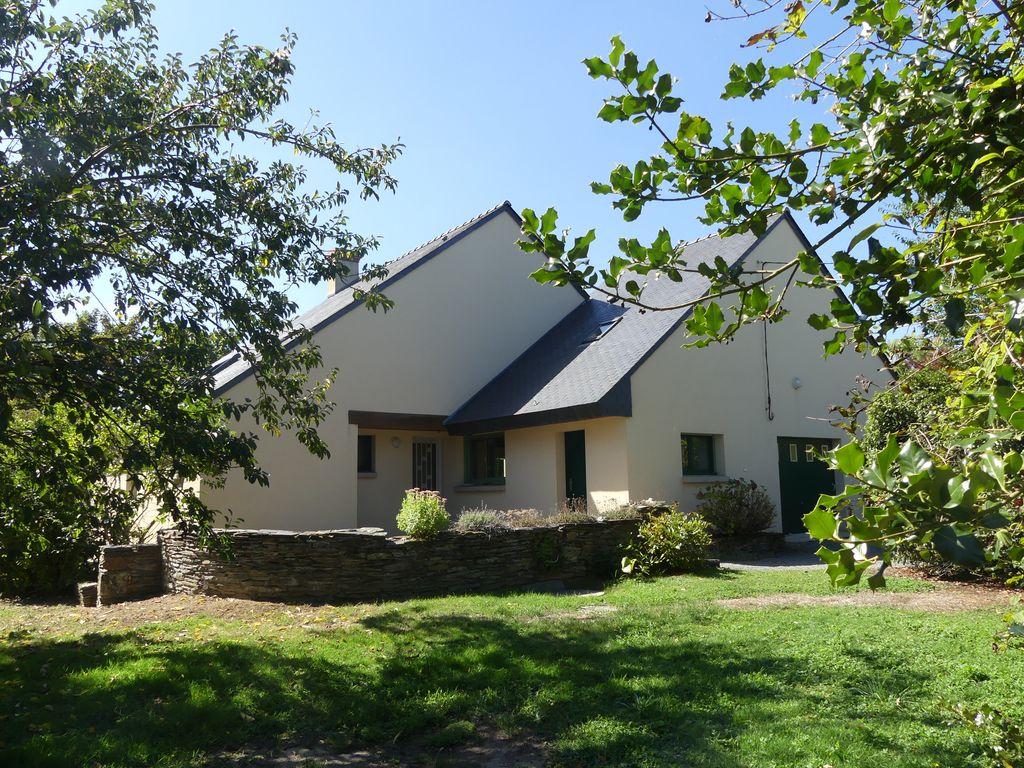 Grande maison familiale Soulaines Sur Aubance  (49610) – 9 pièces – 181 m2