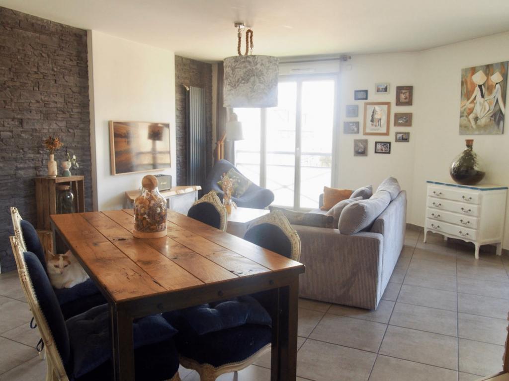 LES PONTS DE CE – Appartement Type 3 à 2 pas de la Loire