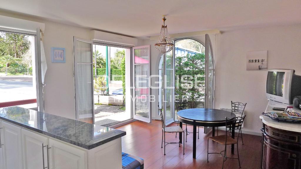 Apartment 2 rooms 52m²  - Pereire