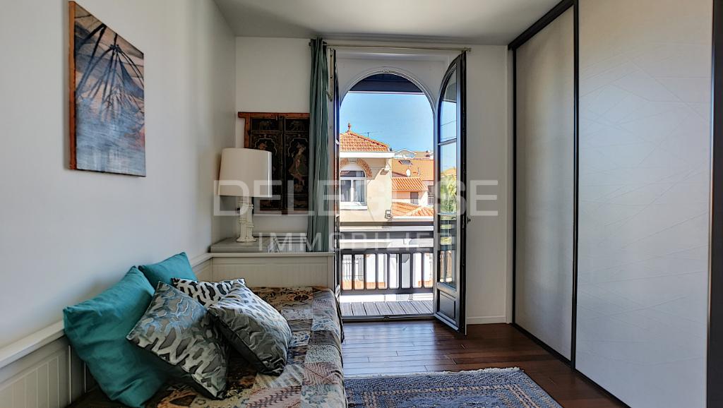 Maison Arcachon 6 pièce(s) 156 m2