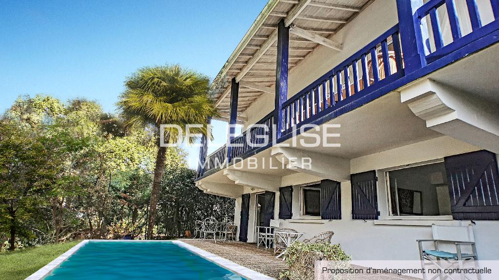 Villa à vendre - 7 pièces - PEREIRE
