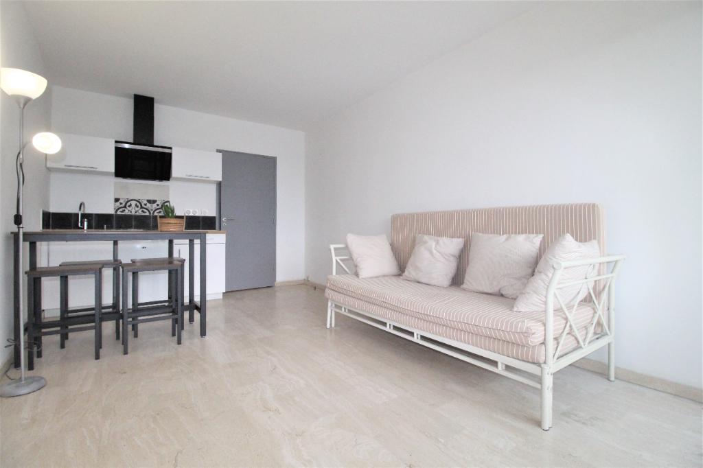 Sale apartment Villeneuve loubet 212800€ - Picture 2