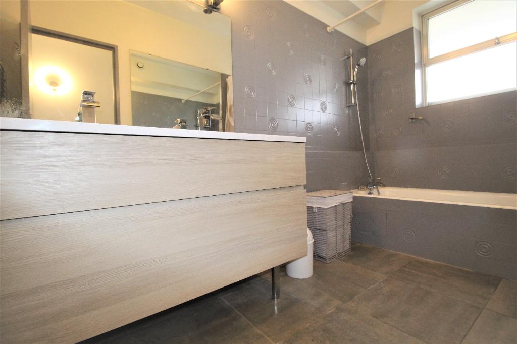 Sale apartment Villeneuve loubet 212800€ - Picture 7