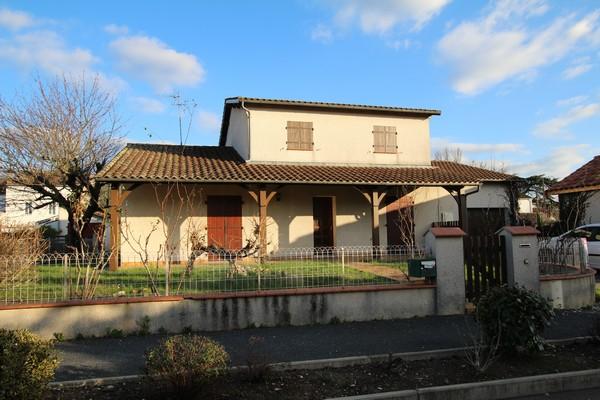 Location maison villeneuve sur lot 47300 sur le partenaire for Assurance habitation maison centenaire
