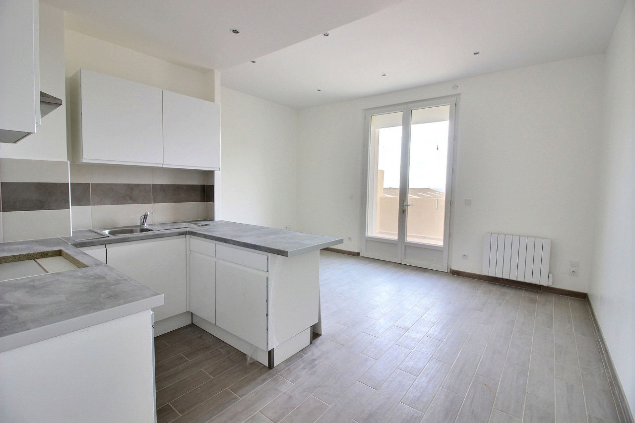Location Appartement 2 pièces Marseille 13002