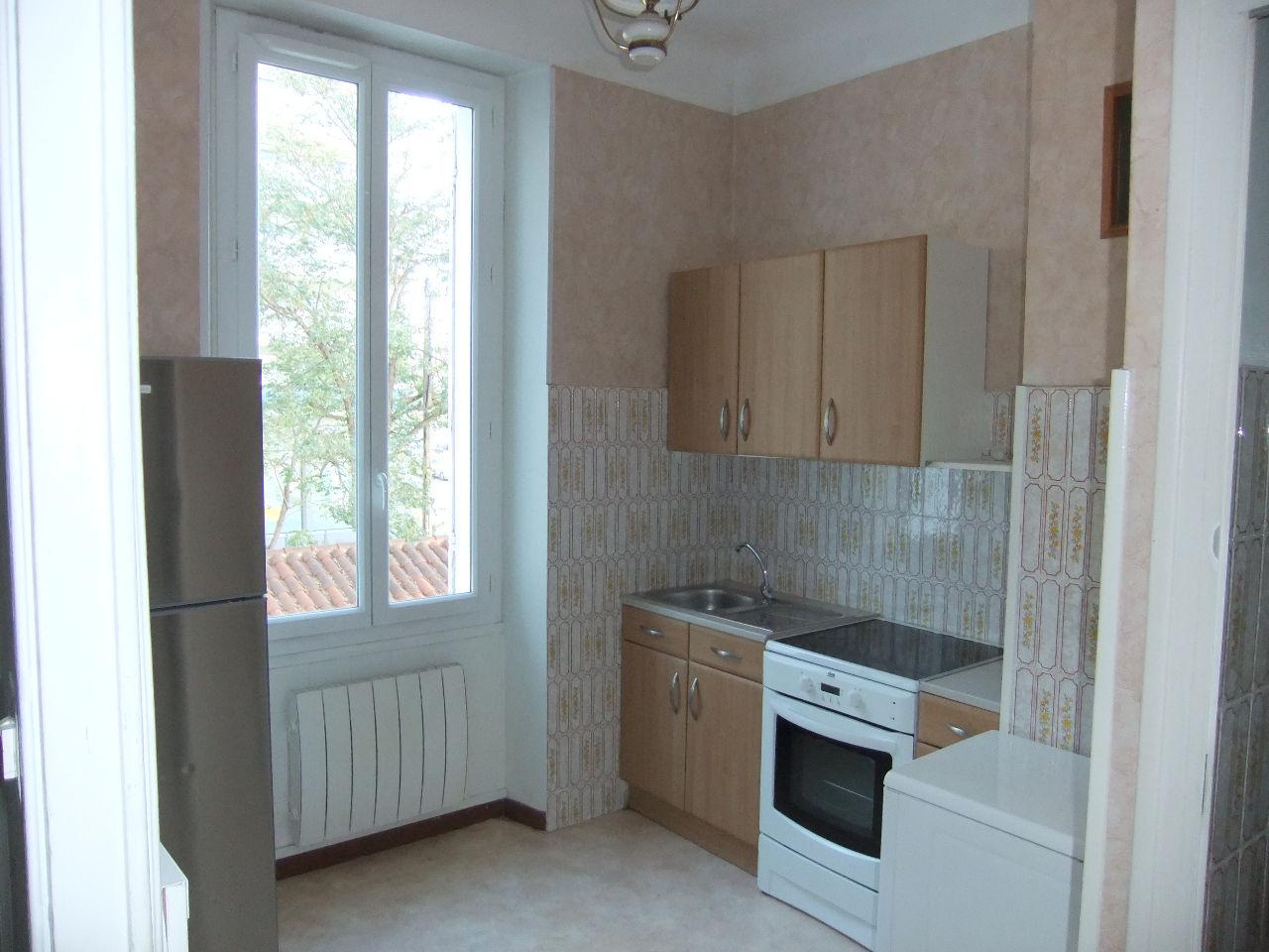 Location Appartement 1 pièces MARSEILLE 13010