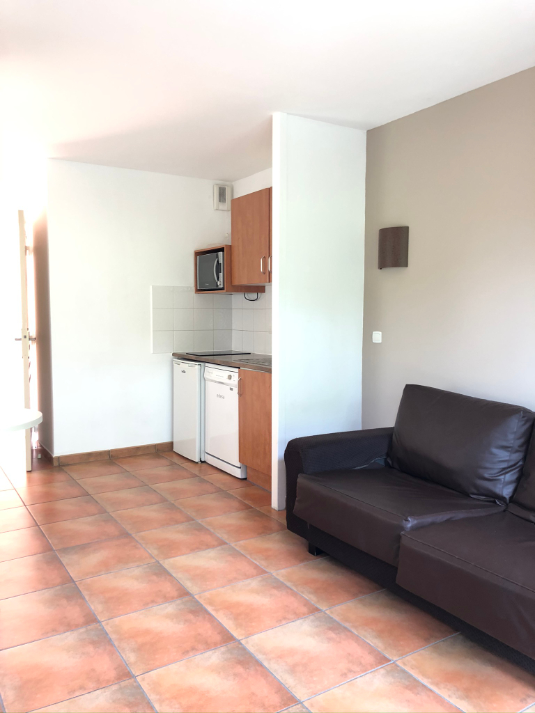 Vente appartement T2  à SAINT JEAN DE LUZ - 2
