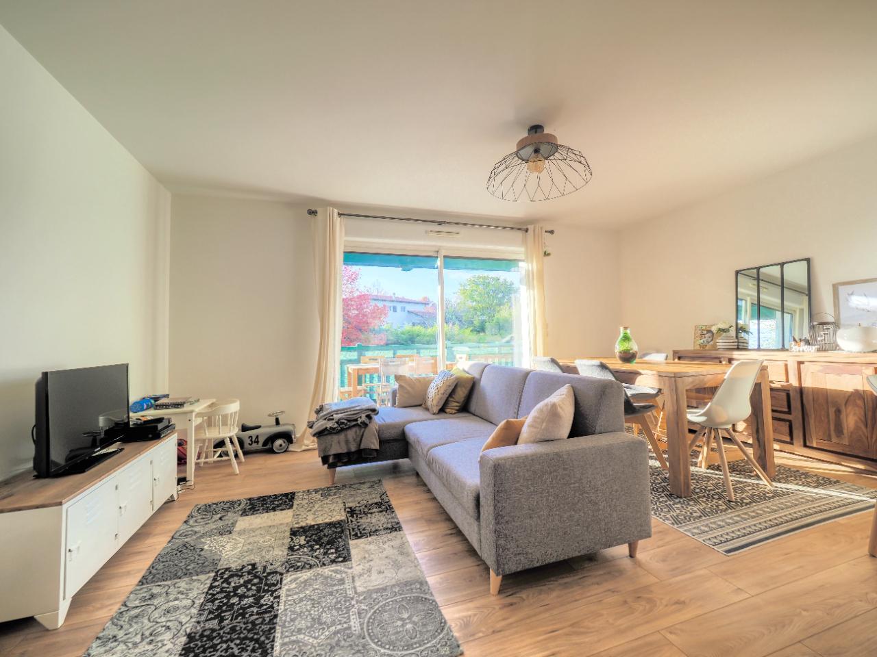 vente appartement à ARBONNE - 390 000