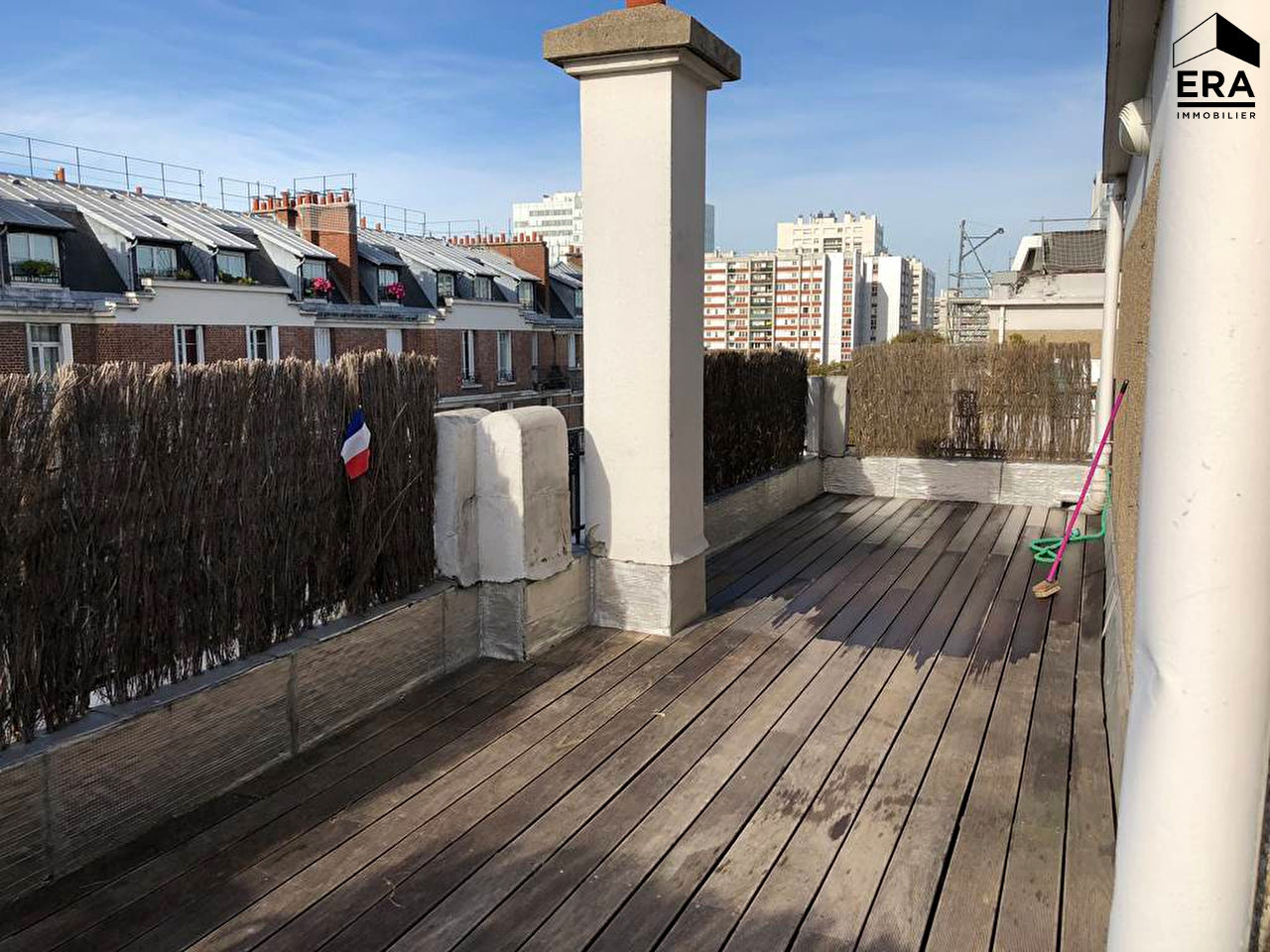 vente appartement paris batignolles monceaux 17e arrondissement 75017 2 pi ces sur le partenaire. Black Bedroom Furniture Sets. Home Design Ideas