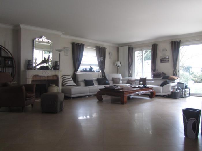 Vente Maison de 8 pièces 280 m² - ST MAUR DES FOSSES 94100 | ETUDE LA ROQUETTE - AR photo2