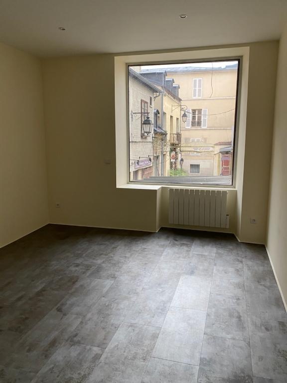 Rental empty room/storage Versailles 1413€ CC - Picture 3