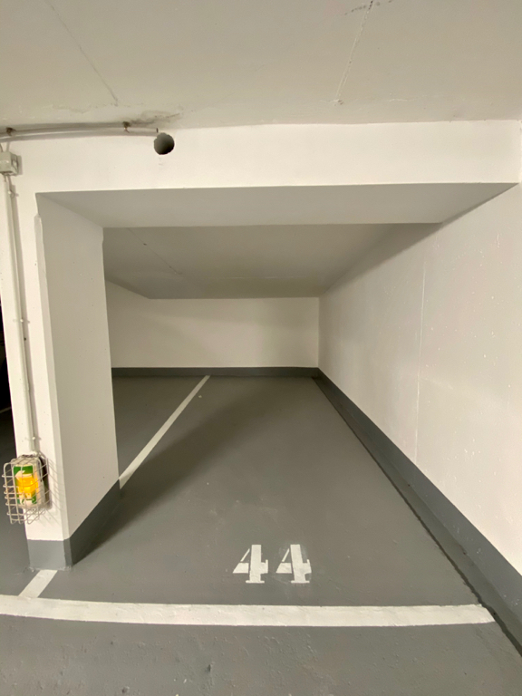 Vente parking Paris 20ème 17 500€ - Photo 1