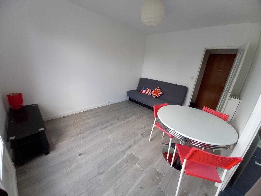 Location appartement Rennes 495€ CC - Photo 3