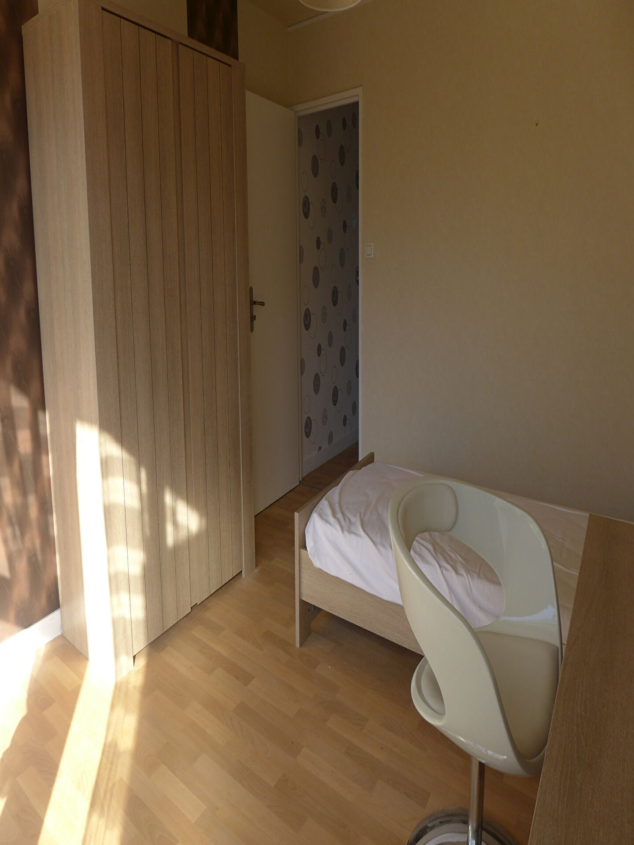 Location appartement Rennes 360€ CC - Photo 3