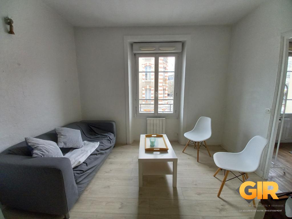 Rental apartment Rennes 530€ CC - Picture 1