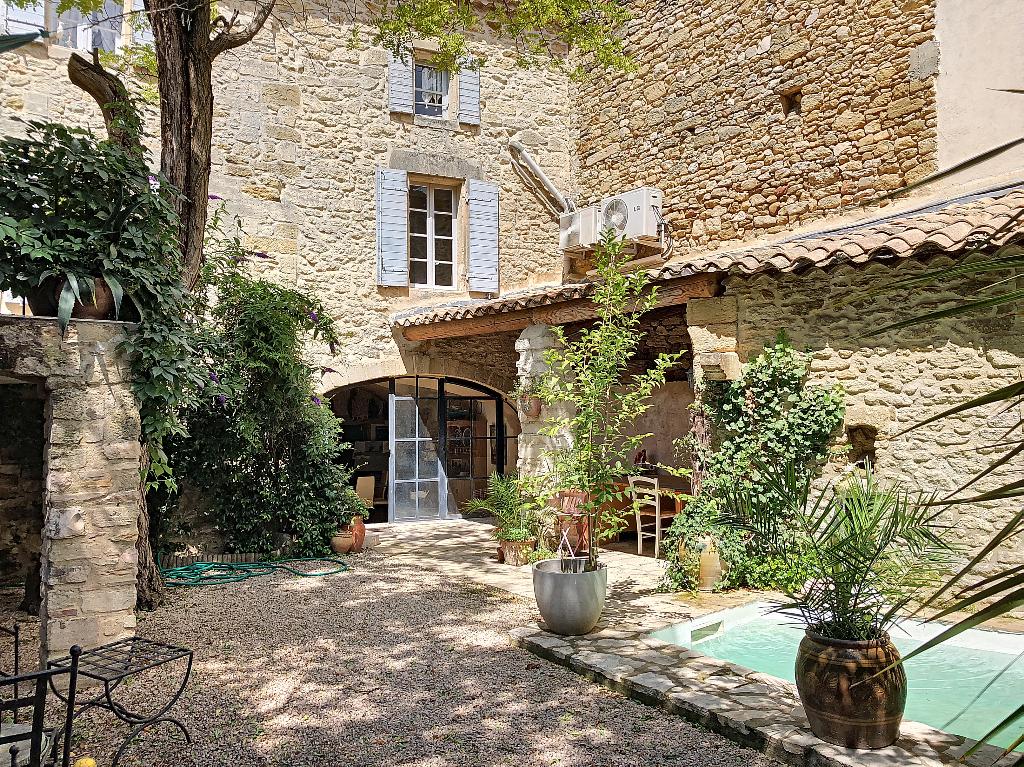 Sale house / villa Pujaut 576000€ - Picture 2