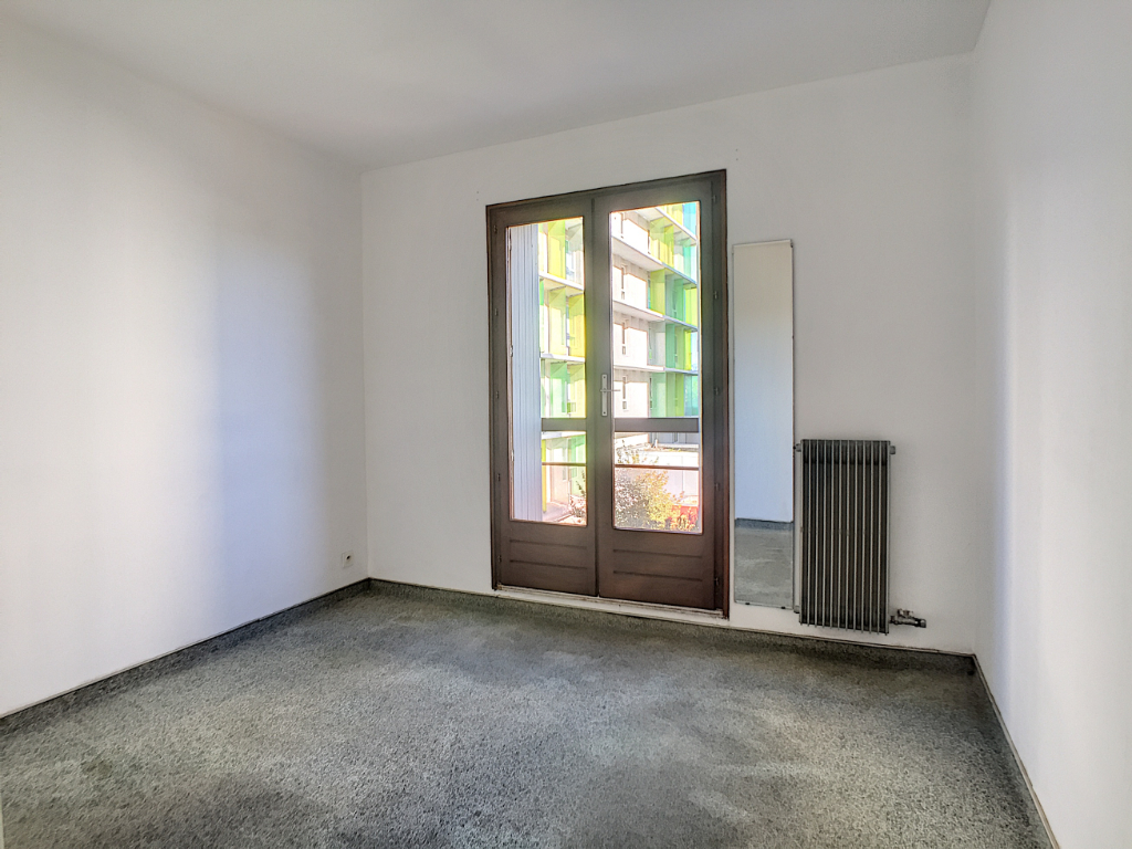 Sale apartment Avignon 108 000€ - Picture 4
