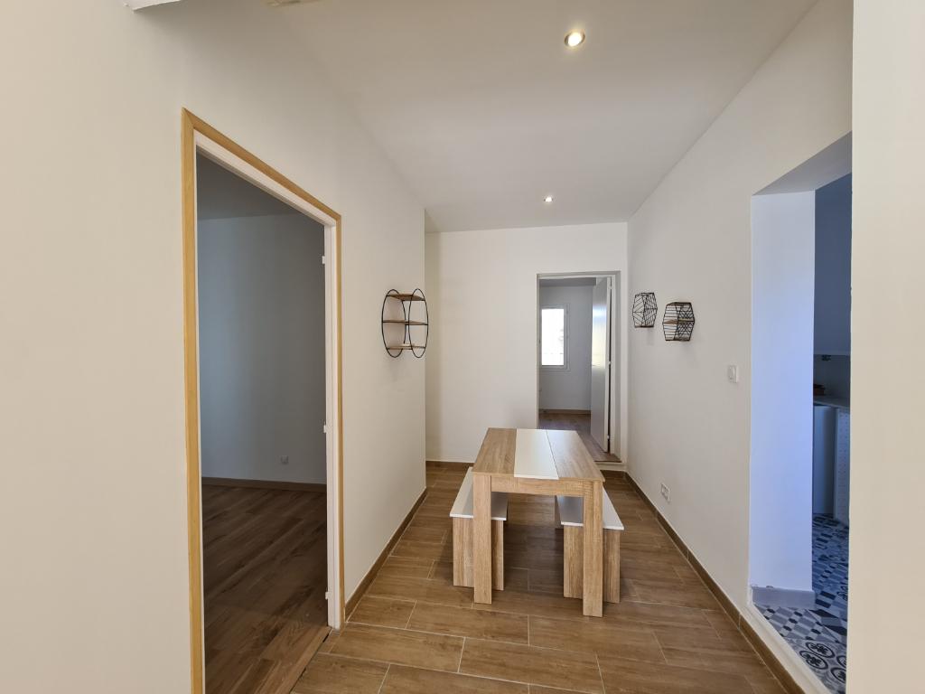 Rental apartment 84000 810€ CC - Picture 4