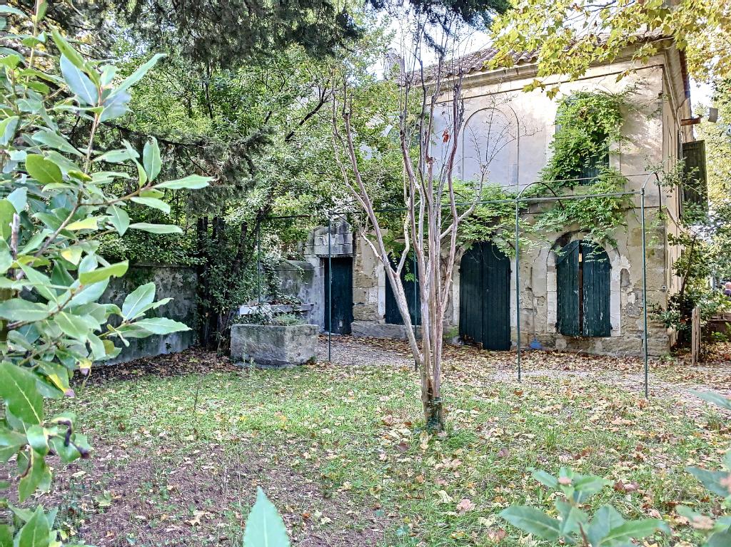 Sale house / villa Barbentane 1250000€ - Picture 1