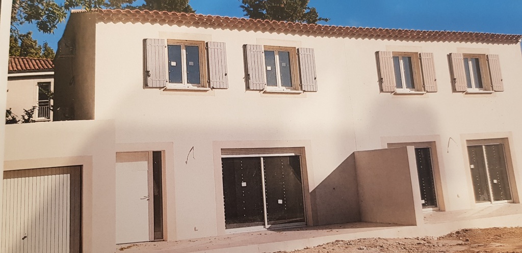 Sale house / villa Saint andiol 215 000€ - Picture 1