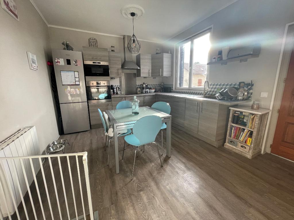 Sale house / villa Bezons 365000€ - Picture 5