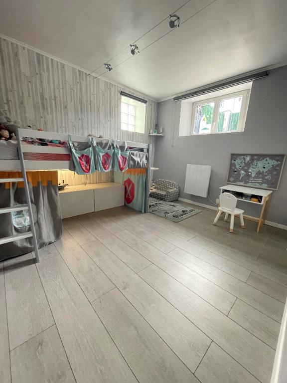 Sale house / villa Bezons 365000€ - Picture 7