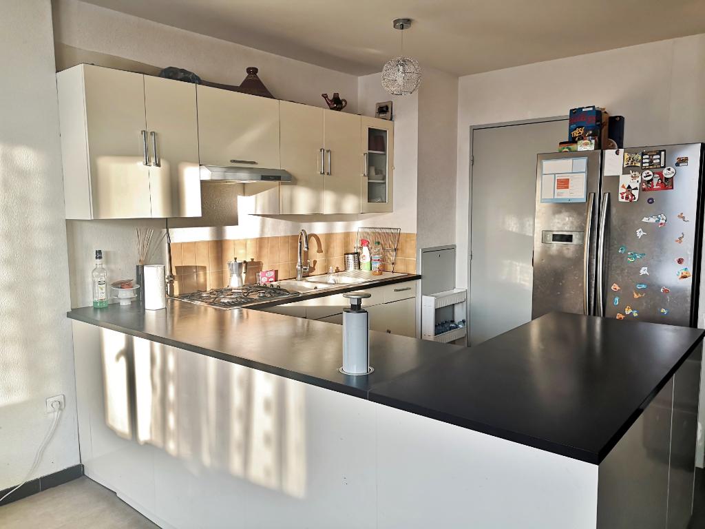 Sale apartment Sartrouville 219500€ - Picture 2