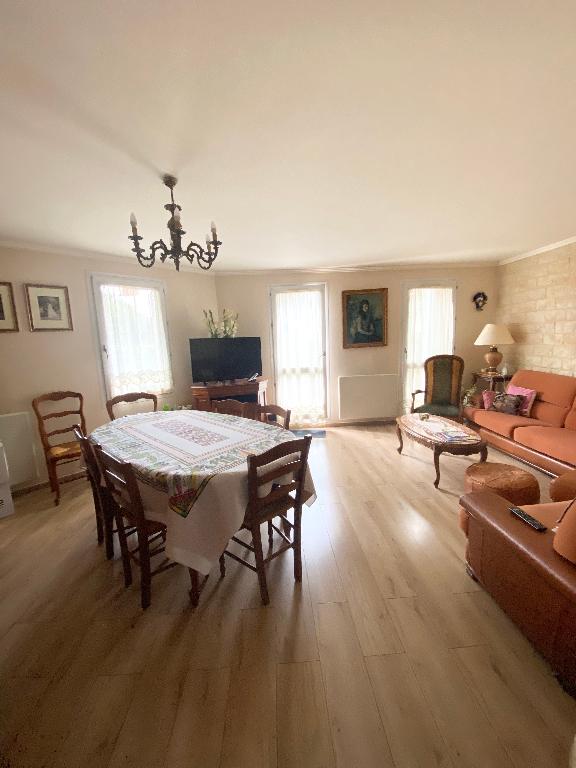 Sale apartment Sartrouville 240120€ - Picture 2