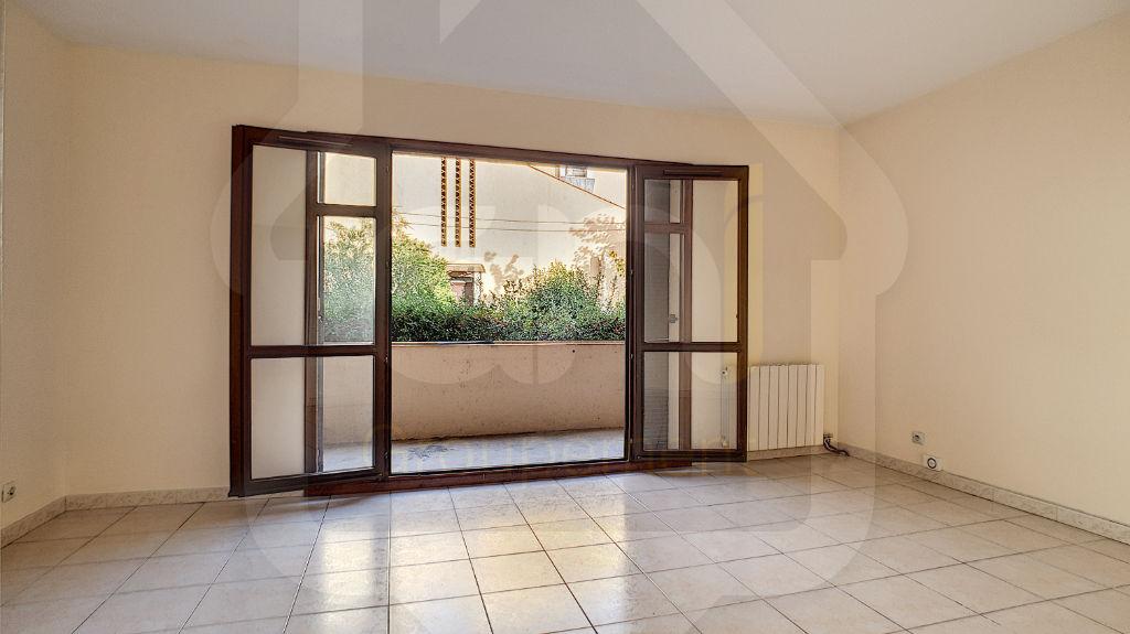 Rental apartment Vitrolles 612€ CC - Picture 1