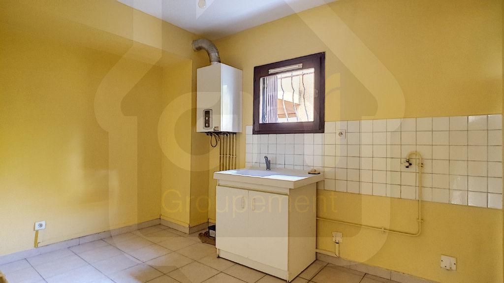 Rental apartment Vitrolles 612€ CC - Picture 3