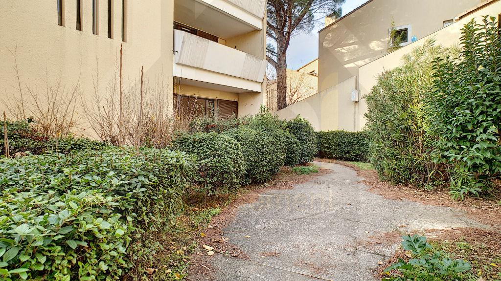 Rental apartment Vitrolles 612€ CC - Picture 5