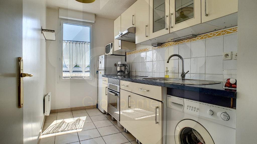 Sale apartment Vitrolles 163000€ - Picture 3