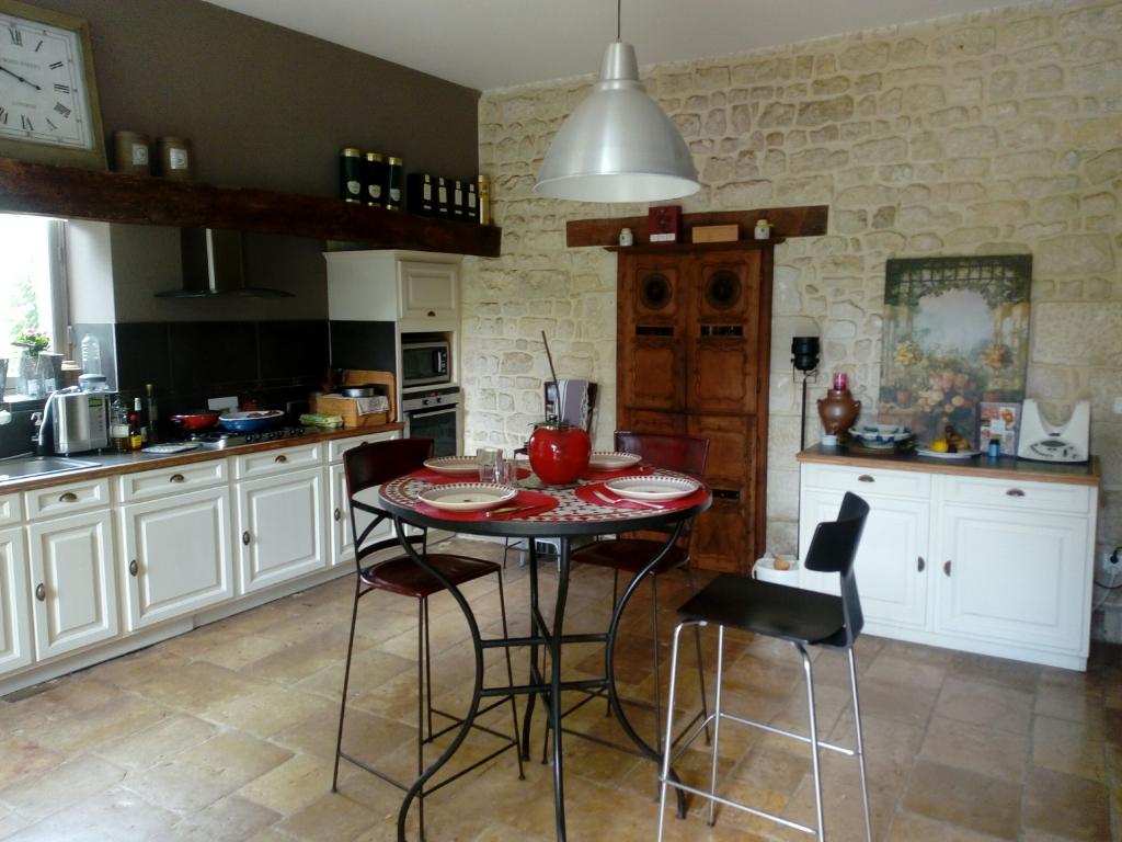Vente maison / villa Niort 644800€ - Photo 5