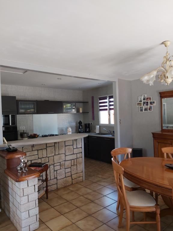 Sale house / villa Chauray 258000€ - Picture 4