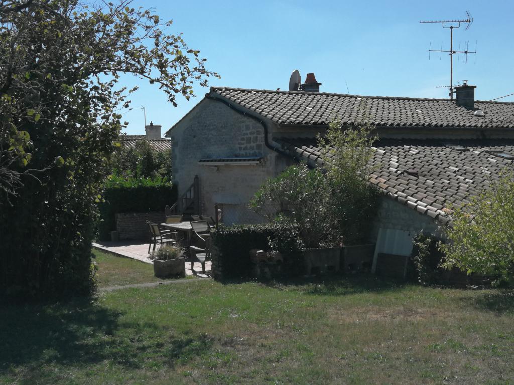 Vente maison / villa Echire 297900€ - Photo 7