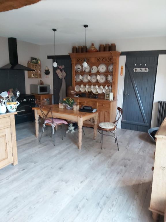 Sale house / villa Francois 261900€ - Picture 5
