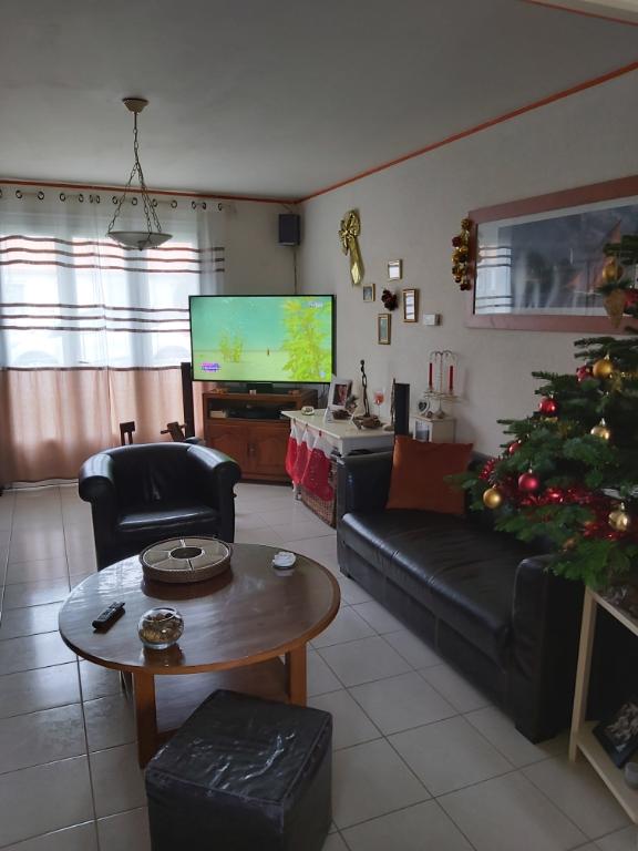 Sale house / villa Chauray 146900€ - Picture 5