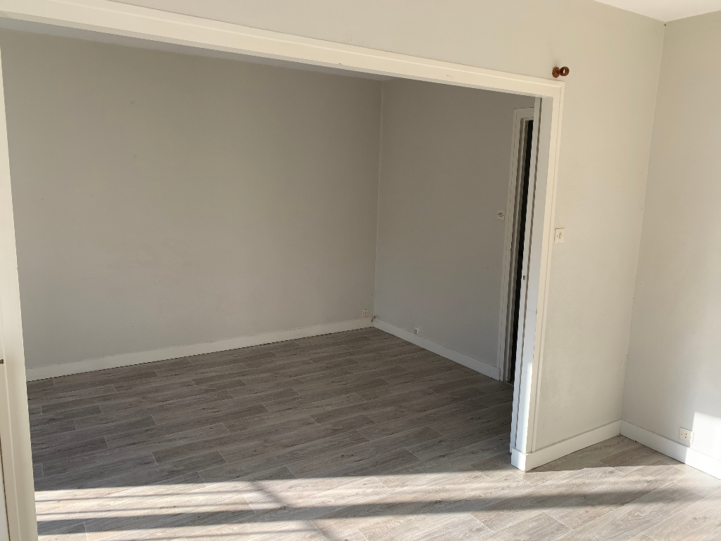Location appartement Niort 350€ CC - Photo 4